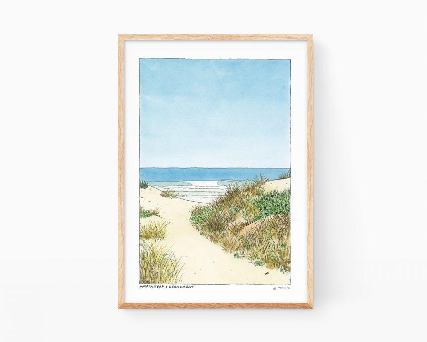 Cuadro decorativo para enmarcar con una ilustración en acuarela de una playa, unas dunas y un escarabajo. La lámina también incluye unas olas, el cielo y arena
