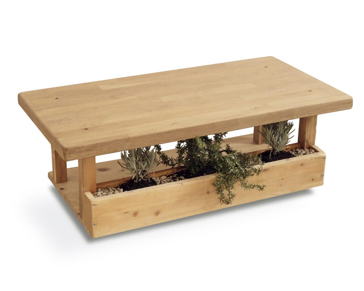 Mesa de centro de madera con macetero